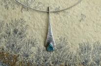Z Kuźni Krasnoludów – srebrny wisiorek z turkusem