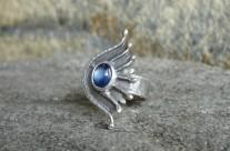Dla Nimrodel – srebrny pierścionek z kyanitem