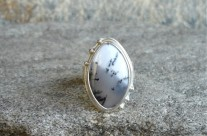 Hivernal – srebrny pierścień z opalem mszystym