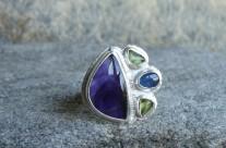 Violet – srebrny koktajlowy pierścień z ametystem