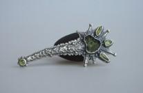Nimbrethil – srebrna brosza z mołdawitem