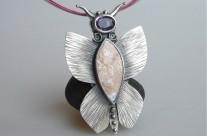 Papilio – srebrny motyl z kamieniem księżycowym i ametystem