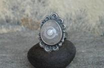 Sferos – srebrny pierścień ze sferolitem