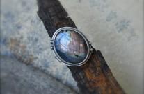Zaginiony kontynent – srebrny pierścień z labradorytem