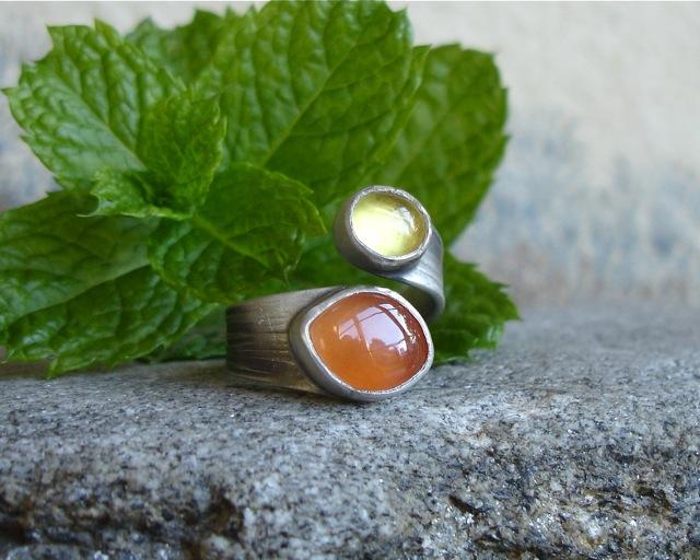 Ruban -srebrny pierścionek z karneolem i bursztynem