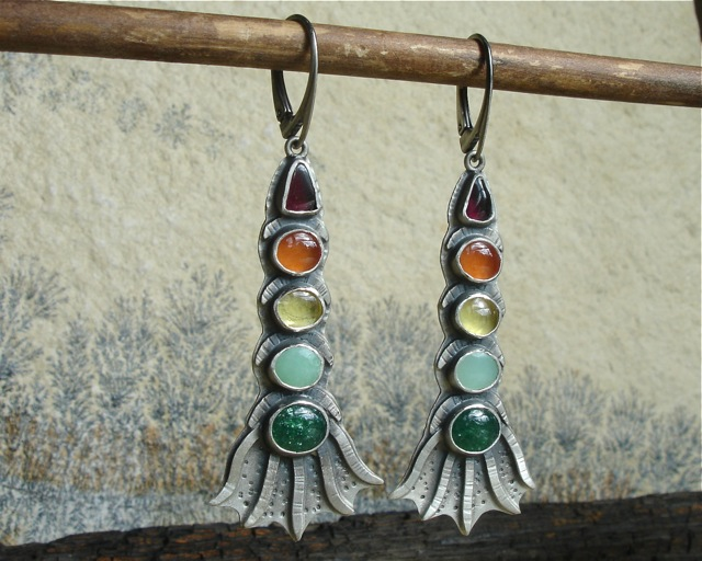 Belegaer – srebrne kolorowe kolczyki z kamieniami