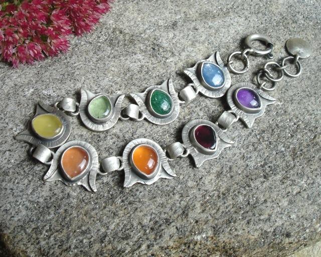 Oïolaire – srebrna kolorowa bransoletka