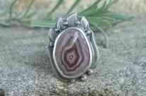 Z Krainy Wygasłych Wulkanów – srebrny pierścień z rodzimym agatem