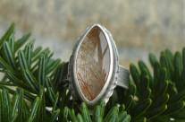 Culurien – srebrny pierścionek z kwarcem rutylowym