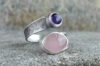 Ruban – srebrny pierścionek z kwarcem różowym i ametystem