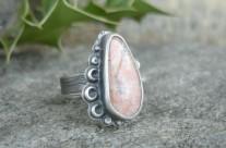 Ithil – srebrny pierścień z kamieniem księżycowym