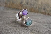Ruban – srebrny pierścionek z labradorytem i ametystem