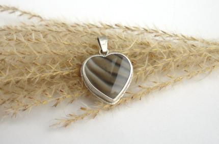 RivendelLove – srebrny wisiorek z krzemieniem pasiastym