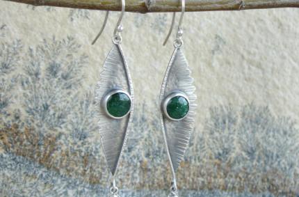 Aile Verte – srebrne kolczyki z awenturynem i oliwinem