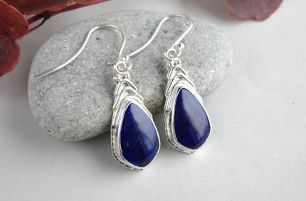 Pani Nocnego Nieba – srebrne kolczyki z lapis lazuli