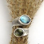 Ruban – srebrny pierścionek z labradorytami
