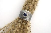 Lian – srebrna obrączka z iolitem