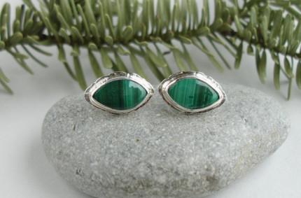 Zielono mi – srebrne kolczyki z malachitem