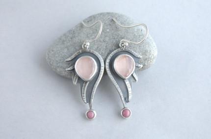 Este – srebrne kolczyki z kwarcem różowym